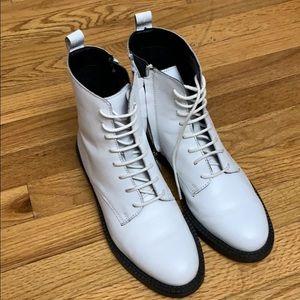 Gently Worn - 'Nathalia' Combat Boots - White
